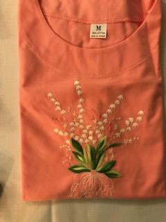T-shirt brodé fleurs 8€ (Ref : H_02C)